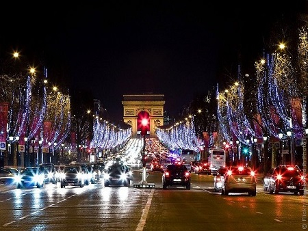 Champs-Elysees Avenue